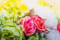 Τα όμορφα λουλούδια διακοσμούν τη σκηνή Στοκ Εικόνα