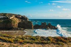 Τα όμορφα τοπία του ίχνους ψαράδων ` s σύρουν το Αλεντέιο, ίχνος Πορτογαλία πεζοπορίας Vicentina αλλαγής βάρδιας Στοκ φωτογραφίες με δικαίωμα ελεύθερης χρήσης