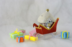 Τα δώρα από Άγιο Βασίλη Στοκ φωτογραφία με δικαίωμα ελεύθερης χρήσης