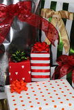 τα δώρα παρουσιάζουν Στοκ φωτογραφία με δικαίωμα ελεύθερης χρήσης