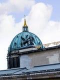 Τα DOM Deutscher που είναι ο προτεσταντικός καθεδρικός ναός στο Βερολίνο Γερμανία Στοκ εικόνες με δικαίωμα ελεύθερης χρήσης