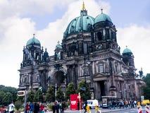 Τα DOM Deutscher που είναι ο προτεσταντικός καθεδρικός ναός στο Βερολίνο Γερμανία Στοκ Εικόνα