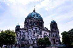 Τα DOM Deutscher που είναι ο προτεσταντικός καθεδρικός ναός στο Βερολίνο Γερμανία Στοκ φωτογραφία με δικαίωμα ελεύθερης χρήσης