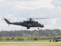 Τα mi-24 απογειώνονται Στοκ Εικόνες