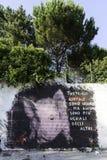 Τα murales με το διάτρητο χρησιμοποιούν σε Airola Ιταλία στοκ φωτογραφίες με δικαίωμα ελεύθερης χρήσης