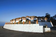 Τα 108 stupas chortens είναι το μνημείο προς τιμή το Bhuta Στοκ εικόνες με δικαίωμα ελεύθερης χρήσης