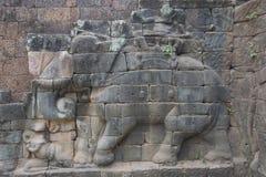Τα Watt Angkor - τοίχοι καταστροφών ναών TA Prohm της khmer πόλης του angkor wat - δηλώνουν το μνημείο στοκ εικόνα με δικαίωμα ελεύθερης χρήσης