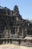 Τα Watt Angkor - τοίχοι καταστροφών ναών TA Prohm της khmer πόλης του angkor wat - δηλώνουν το μνημείο στοκ εικόνες