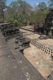 Τα Watt Angkor - τοίχοι καταστροφών ναών TA Prohm της khmer πόλης του angkor wat - δηλώνουν το μνημείο στοκ εικόνα