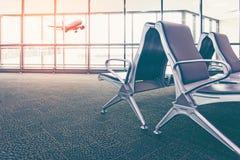 Τελικό εσωτερικό αερολιμένων με τις άδειες θέσεις, Στοκ φωτογραφίες με δικαίωμα ελεύθερης χρήσης