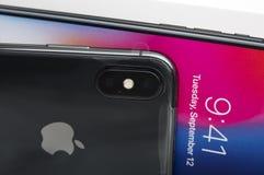 ΤΕΛ ΑΒΙΒ, ΙΣΡΑΗΛ - 23 ΝΟΕΜΒΡΊΟΥ 2017: Iphone Χ έξυπνο τηλέφωνο Η πιό πρόσφατη Apple Iphone 10 κινητό τηλέφωνο Στοκ Εικόνες