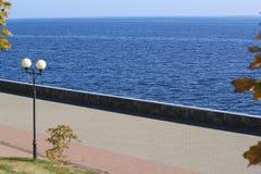 Τεμάχιο της αποβάθρας του ποταμού Στοκ Εικόνες