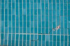 Τεμάχιο τοίχων με τα attritions και τις ρωγμές Στοκ φωτογραφία με δικαίωμα ελεύθερης χρήσης
