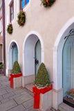 Τεμάχιο του κτηρίου με τη διακόσμηση Χριστουγέννων Στοκ εικόνες με δικαίωμα ελεύθερης χρήσης