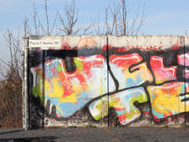Τεμάχιο του τείχους του Βερολίνου στη Bornholm γέφυρα Στοκ Εικόνες