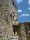 Τεμάχιο του χωριού Rocamadour που σκαρφαλώνει σε έναν απότομο βράχο στοκ εικόνα με δικαίωμα ελεύθερης χρήσης