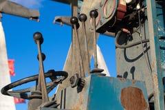 Τεμάχιο των βαρέων καθηκόντων ελέγχων μηχανημάτων φόρτωσης Στοκ Φωτογραφία