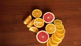 Τεμαχισμένα εσπεριδοειδή, πορτοκάλια και γκρέιπφρουτ φιλμ μικρού μήκους