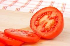 τεμαχισμένες ντομάτες Στοκ φωτογραφία με δικαίωμα ελεύθερης χρήσης