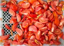 Τεμαχισμένη κόκκινη φρεσκάδα ντοματών στοκ εικόνες