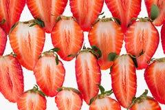 τεμαχισμένη φράουλα Φέτες άνευ ραφής φράουλα Μακροεντολή σύσταση Στοκ Εικόνες