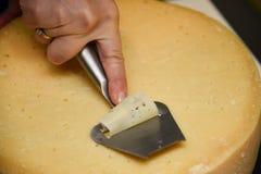 τεμαχισμός τυριών Στοκ Φωτογραφία
