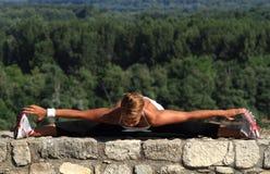 Τεντώνοντας πόδια Στοκ φωτογραφίες με δικαίωμα ελεύθερης χρήσης