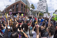 Τεράστια συνάθροιση αντι-ατού στο Σαν Ντιέγκο Στοκ εικόνα με δικαίωμα ελεύθερης χρήσης