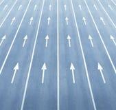 Τεράστιοι δρόμος και βέλη Στοκ φωτογραφία με δικαίωμα ελεύθερης χρήσης