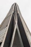 Τεράστιος σύγχρονος ουρανοξύστης σε στο κέντρο της πόλης Shenzen Κίνα Στοκ Εικόνες