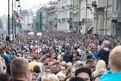 Τεράστιο πλήθος των ανθρώπων κατά τη διάρκεια των διακοπών Στοκ Εικόνες