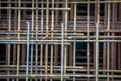 Τεράστιο ποσό του πλέγματος χάλυβα, σκουριασμένο πλέγμα Στοκ εικόνα με δικαίωμα ελεύθερης χρήσης