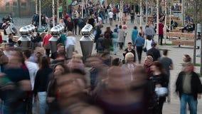 Τεράστιο συσσωρευμένο πεζοδρόμιο timelapse φιλμ μικρού μήκους