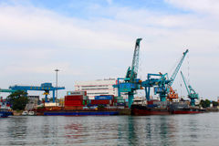 Τερματικό εμπορευματοκιβωτίων Guangzhou Στοκ εικόνα με δικαίωμα ελεύθερης χρήσης