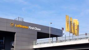 Τερματικό πρώτης θέσης της Lufthansa στη Φρανκφούρτη Στοκ εικόνα με δικαίωμα ελεύθερης χρήσης