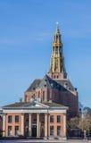 Τετράγωνο αγοράς με την ανταλλαγή σιταριού και εκκλησία στο Γκρόνινγκεν στοκ φωτογραφία
