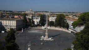 Τετράγωνο ανθρώπων και τετράγωνο λιονταριών στη Ρώμη απόθεμα βίντεο