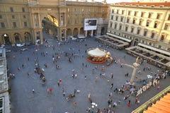Τετράγωνο Δημοκρατίας στην πόλη της Φλωρεντίας, Ιταλία Στοκ Εικόνες