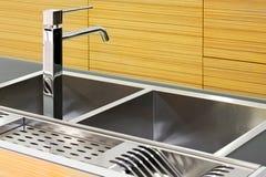 τετράγωνο καταβοθρών κουζινών στοκ φωτογραφίες με δικαίωμα ελεύθερης χρήσης