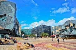 Τετράγωνο ομοσπονδίας στην πόλη της Μελβούρνης cetre Στοκ φωτογραφία με δικαίωμα ελεύθερης χρήσης