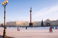Τετράγωνο παλατιών στη Αγία Πετρούπολη το χειμώνα Στοκ Εικόνες