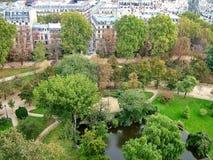 Τετράγωνο στο Παρίσι, Γαλλία Στοκ φωτογραφία με δικαίωμα ελεύθερης χρήσης