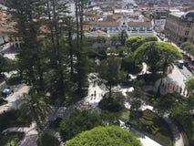 Τετράγωνο Calderon Cuenca, Ισημερινός, που βλέπει άνωθεν Στοκ εικόνες με δικαίωμα ελεύθερης χρήσης