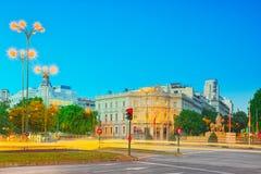 Τετράγωνο Cibeles Plaza Cibeles και άποψη στο σπίτι της Αμερικής Στοκ Εικόνα