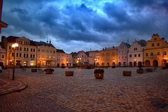 Τετράγωνο Masaryk σε Pelhrimov στη Δημοκρατία της Τσεχίας στοκ φωτογραφίες