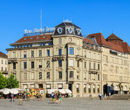 Τετράγωνο Sechselautenplatz στην πόλη της Ζυρίχης, Ελβετία Στοκ Εικόνα