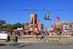 Τετράγωνο Taksim με τα περιστέρια Στοκ φωτογραφία με δικαίωμα ελεύθερης χρήσης