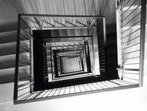 Τετραγωνική σκάλα Στοκ Φωτογραφίες