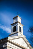 Τετραγωνικός πύργος εκκλησιών Στοκ εικόνες με δικαίωμα ελεύθερης χρήσης