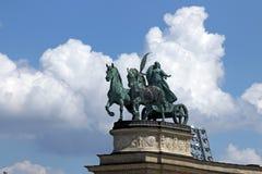 Τετραγωνικό ορόσημο της Βουδαπέστης μνημείων ηρώων Στοκ Εικόνες